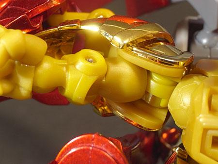 スペリオルドラゴン腕部構造