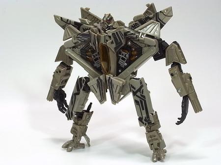 スタースクリーム、ロボットモード