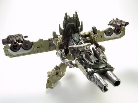 メガトロン砲撃体勢(正規変形)