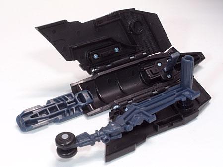 右腕武装構造