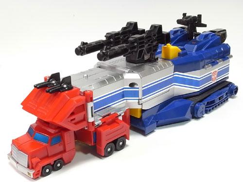 巨大トレーラー!